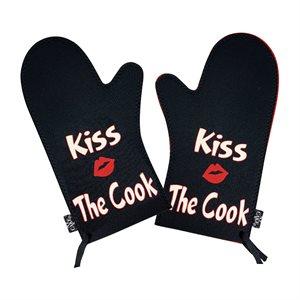 Kiss the Cook Oven Mitt